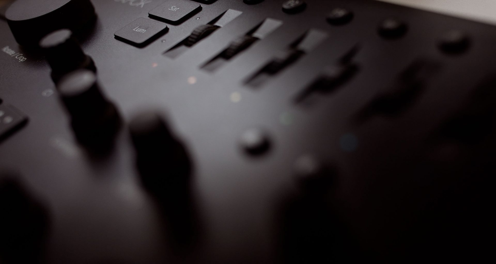 Loupdeck Review - Editing Console for Photographers 1